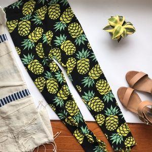 LuLaRoe Pants - 🦄 Unicorn LuLaRoe Leggings with pineapples 🍍